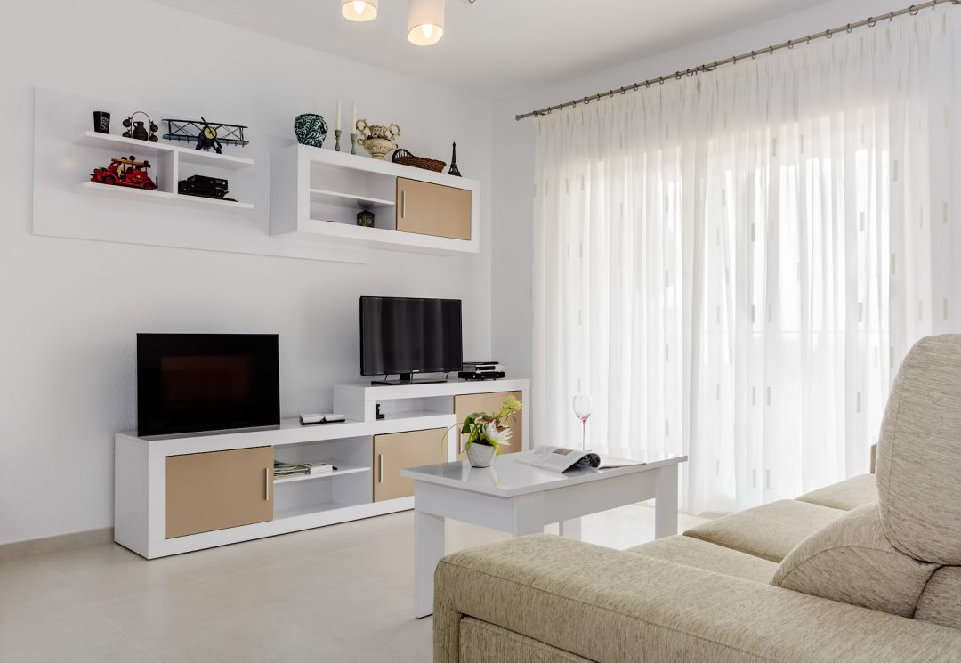 Acogedor salón moderno
